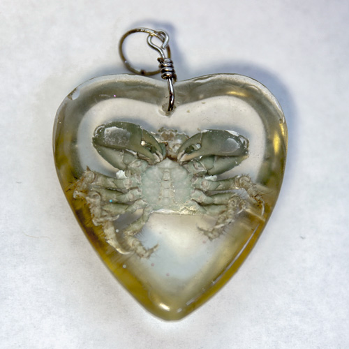 Emerald Crab Heart Resin Pendant back